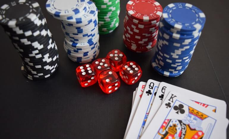 beginners guide to poker featured image liberty gambling