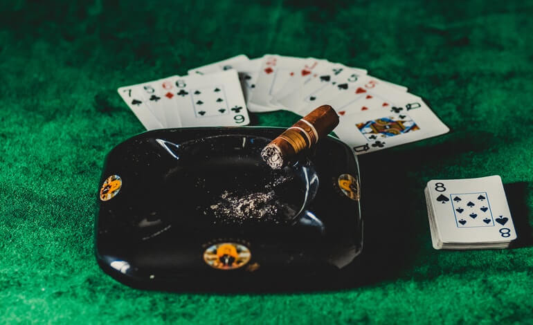 poker bluff featured image liberty gambling