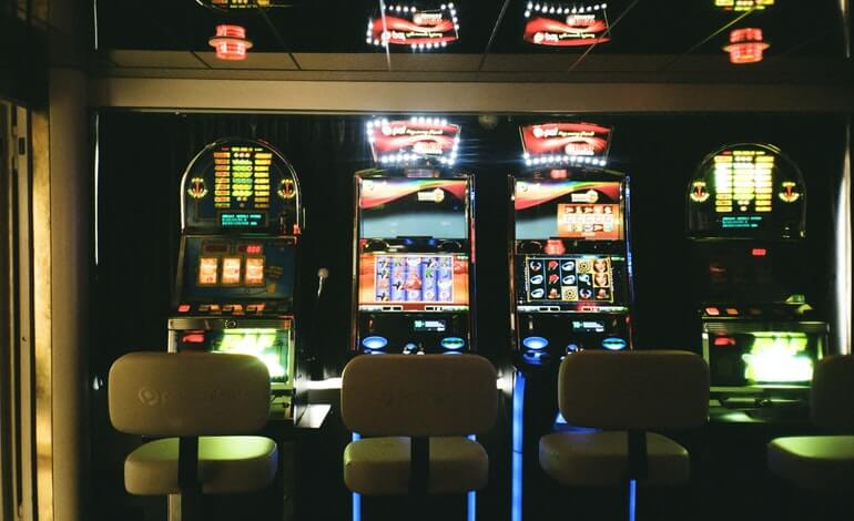 strategy for playing slots featured image liberty gambling